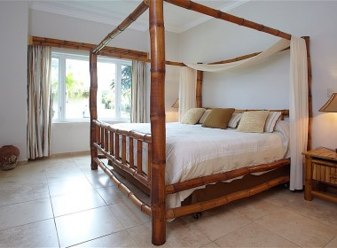 2-bedroom close to the beach 1