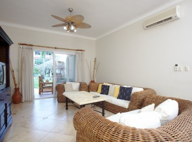 2-bedroom close to the beach 2