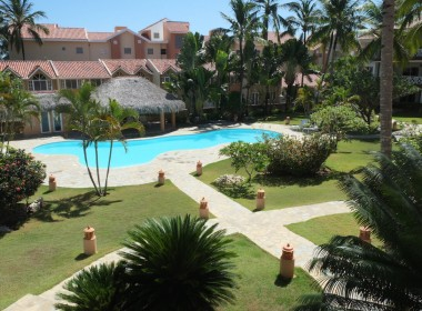 Large 3 BR apartment close to the beach 25