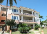 Large 3 BR apartment close to the beach 27