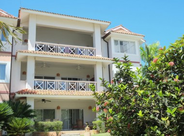 Large 3 BR apartment close to the beach 28
