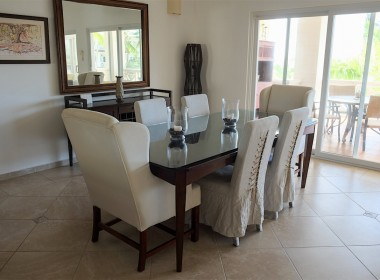 Large 3 BR apartment close to the beach 9