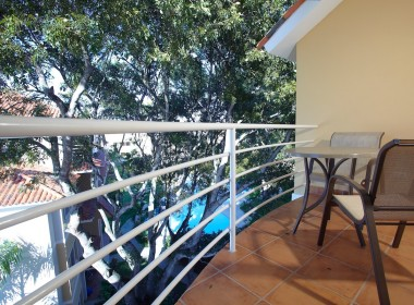 1 Bedroom Apartment close to beach 8