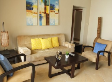 Restful 2 bedroom apartment 2