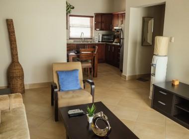 Restful 2 bedroom apartment 4