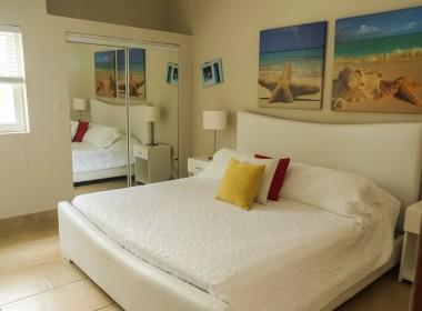 Restful 2 bedroom apartment 5
