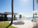 Magnificent Modern 2brd Plus- Beach front Condo 14