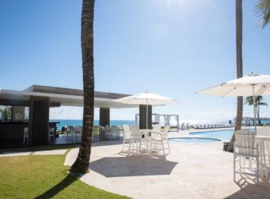 Magnificent Modern 2brd Plus- Beach front Condo 14