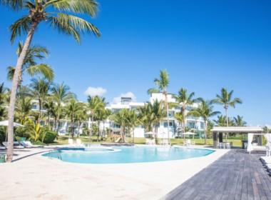 Magnificent Modern 2brd Plus- Beach front Condo 17
