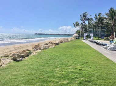 Stunning beachfront 2 br luxury contemporary condo 13