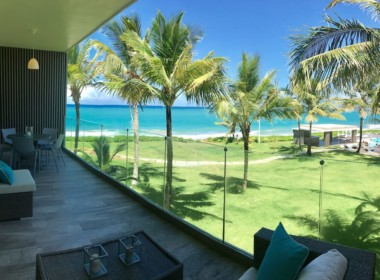 Stunning beachfront 2 br luxury contemporary condo 9