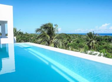 Luxury Beachfront house in Encuentro 1