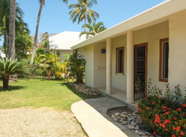 Beachfront Villa in Cabarete 37