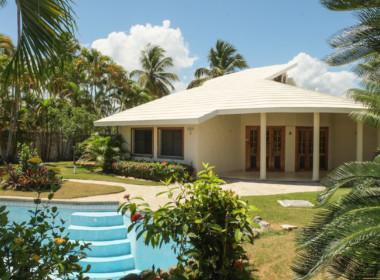 Affordable Beachfront Villa