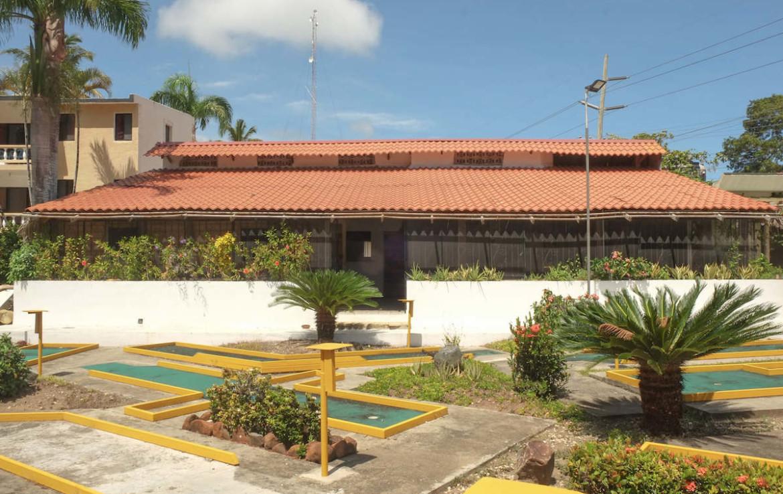 Cabarete building