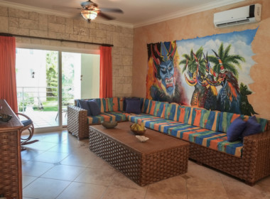 Tropical 4 BR condo for sale 38