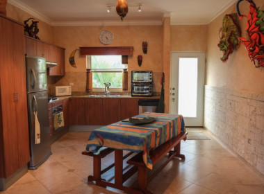 Tropical 4 BR condo for sale 43