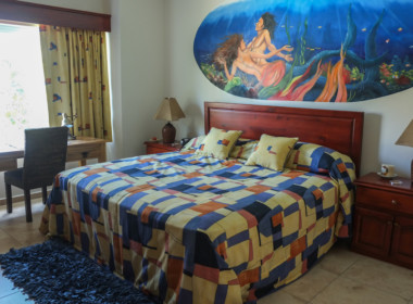 Tropical 4 BR condo for sale 30