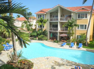 Tropical 4 BR condo for sale 24