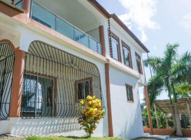 Vista del Caribe house in Encuentro 28