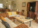 Close to the beach 2 bedroom for rent10