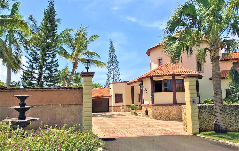 Luxurious villa in Sosua