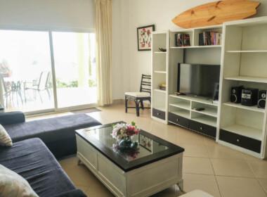 Stunning 2 bedroom condo in Ocean One14